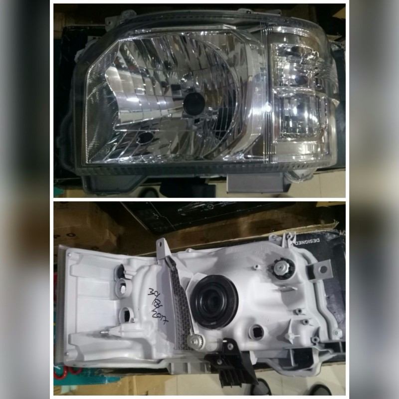 212-111C-RDEMN Headlamp Hiace 2012-2016 Crystal Chrome (Rev)