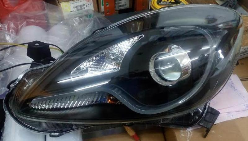 AHD645-B7W2P-BH Headlamp Honda Brio / Mobilio Projector LED Bar Crystal Black (RTF)