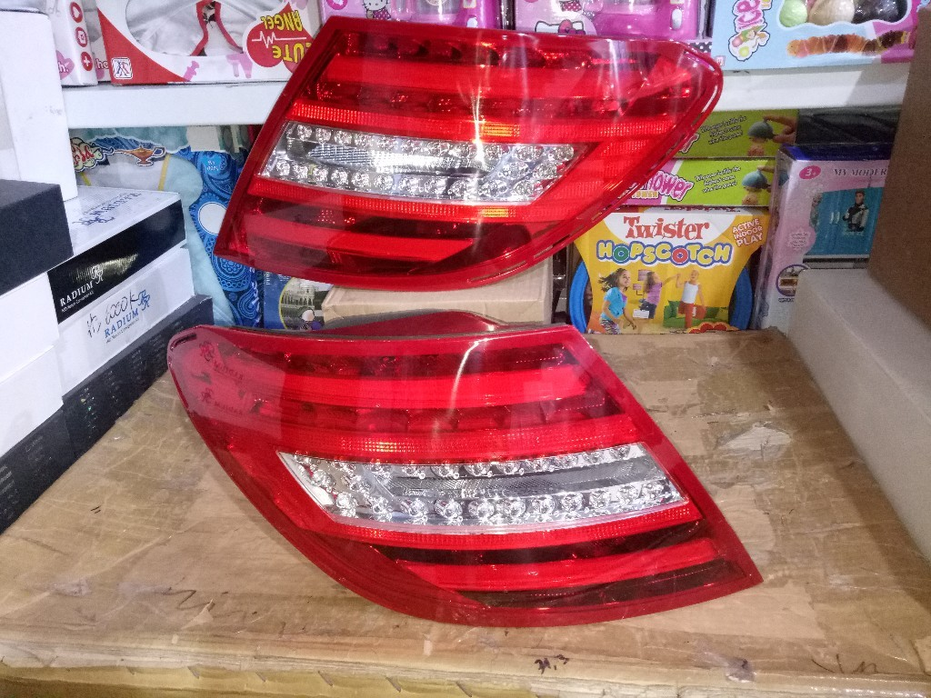 YAB-BZ-001 Stoplamp Mercedes Benz W204 07-11 LED Bar Crystal Red  (RTF)